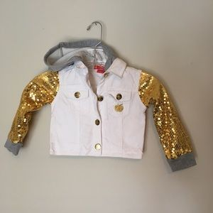 Apple Bottom Gold Sequin Sleeved Fashion Jacket